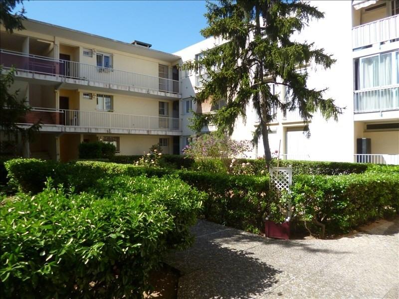 Sale apartment Six fours les plages 182000€ - Picture 1
