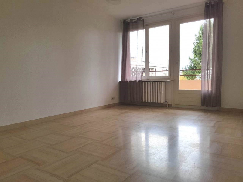 Rental apartment Ambilly 700€ CC - Picture 2
