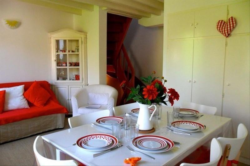 Sale apartment Honfleur 185000€ - Picture 1