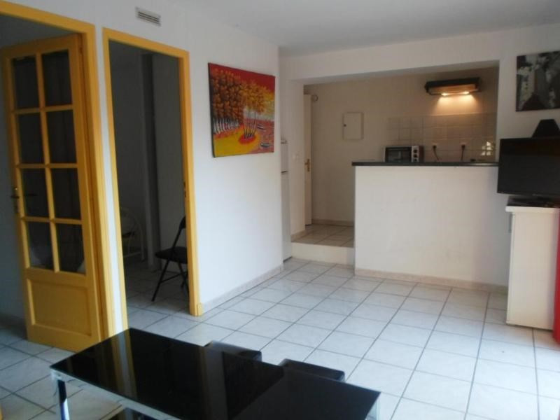 Location appartement Chateauneuf le rouge 790€ CC - Photo 1