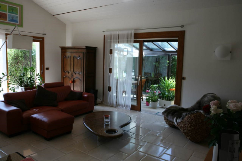 Deluxe sale house / villa Cranves-sales 789000€ - Picture 9