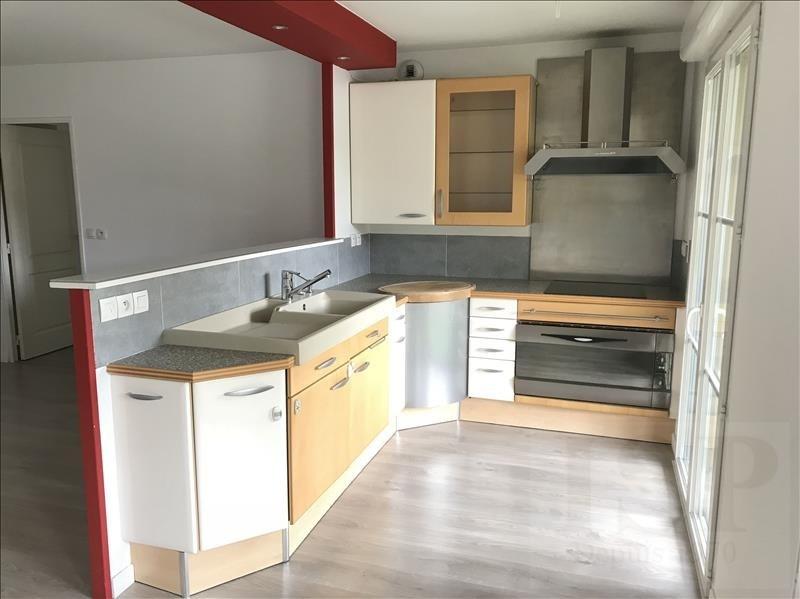 Sale apartment Les milles 299900€ - Picture 3