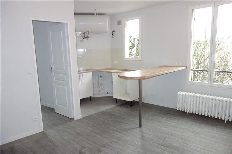 Rental apartment Versailles 1000€ CC - Picture 1