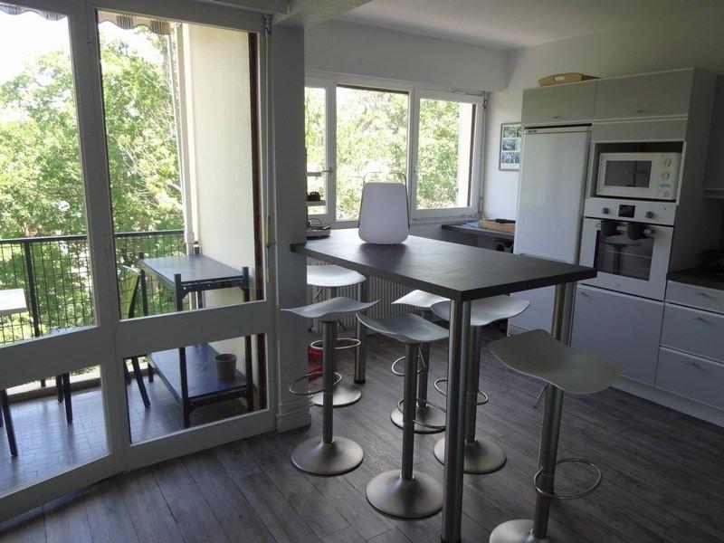 Sale apartment Arcachon 305000€ - Picture 2
