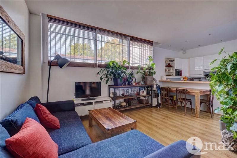 Sale apartment Courbevoie 360000€ - Picture 1