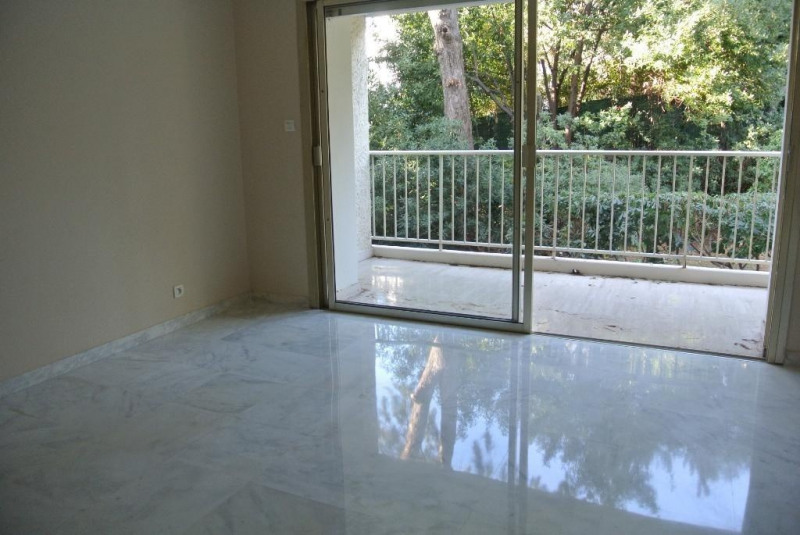 Location appartement Cap d'antibes 900€ CC - Photo 2