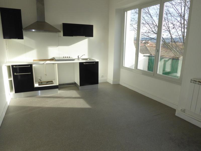 Location appartement Aubenas 605€ CC - Photo 1