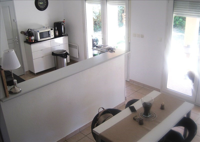 Location maison / villa L isle sur la sorgue 889€ CC - Photo 3