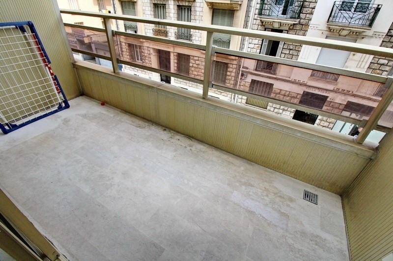 Location appartement Nice 855€ CC - Photo 10