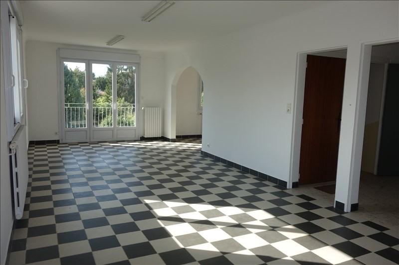 Sale house / villa La roche sur yon 220500€ - Picture 1