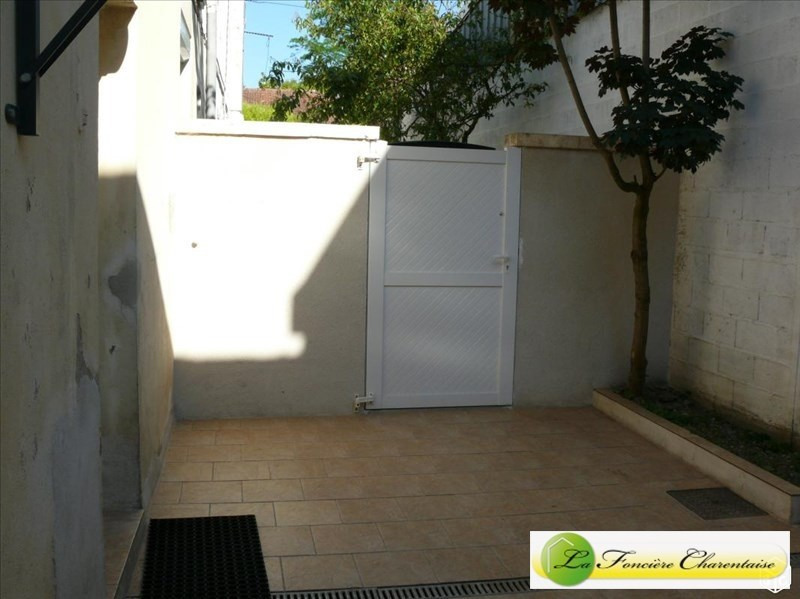 Rental house / villa Angouleme 762€ CC - Picture 3