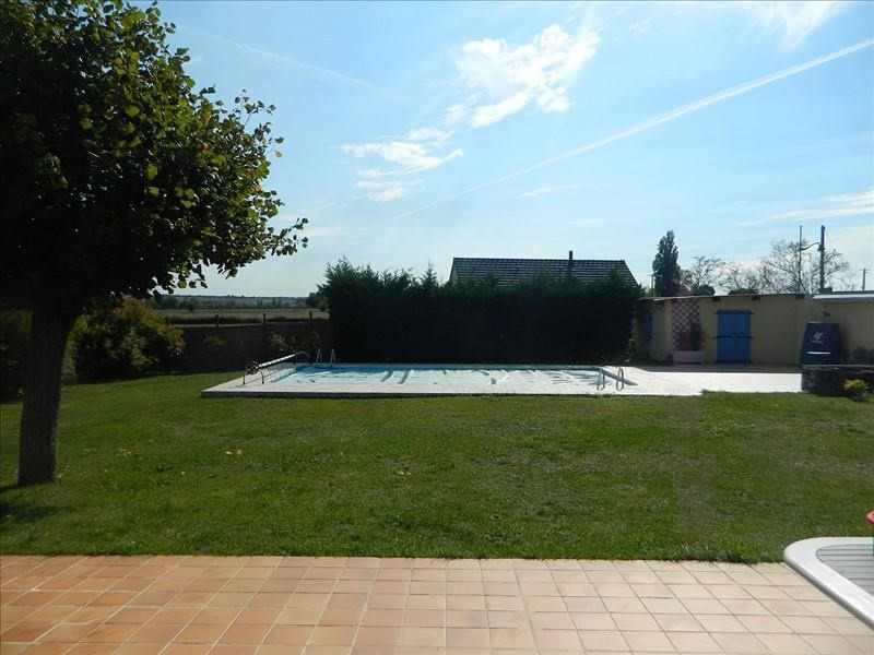 Sale house / villa Magny cours 246000€ - Picture 6