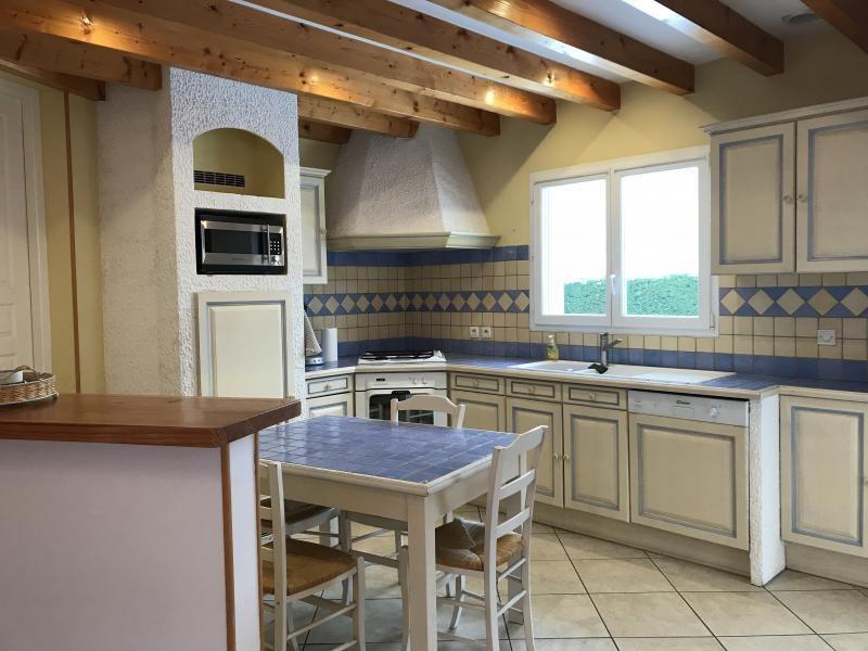 Location maison / villa Heyrieux 1200€ CC - Photo 3