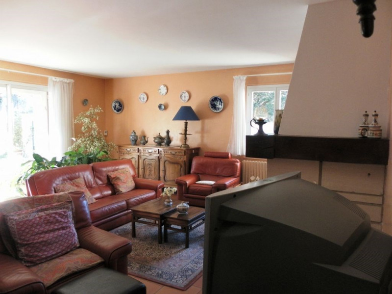 Sale house / villa Villeneuve les avignon 365000€ - Picture 6