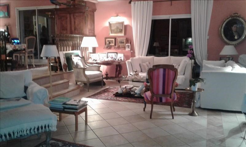 Rental house / villa Genay 2 900€ CC - Picture 2