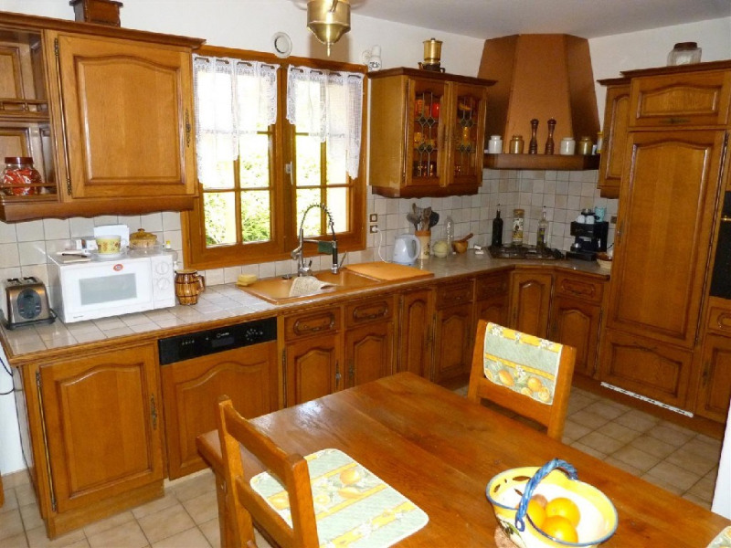 Sale house / villa Hericy 400000€ - Picture 3
