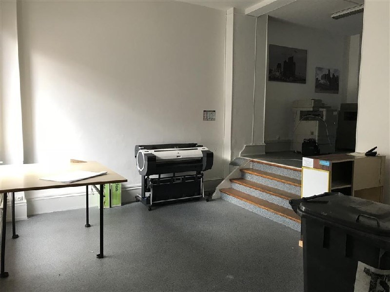 Location local commercial Colmar 725€ CC - Photo 2