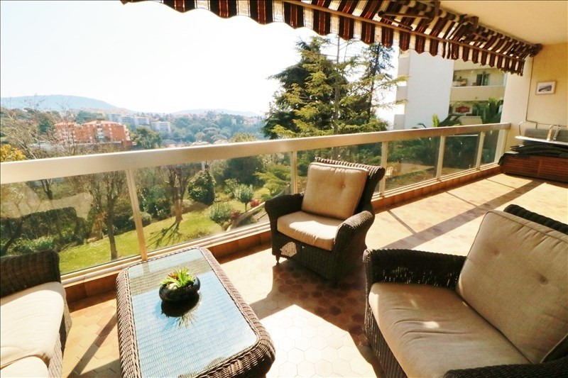 Sale apartment Nice 285 000€ - Picture 1