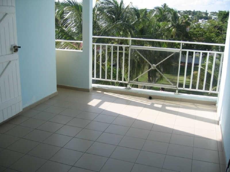 Rental apartment Ste anne 620€ CC - Picture 1