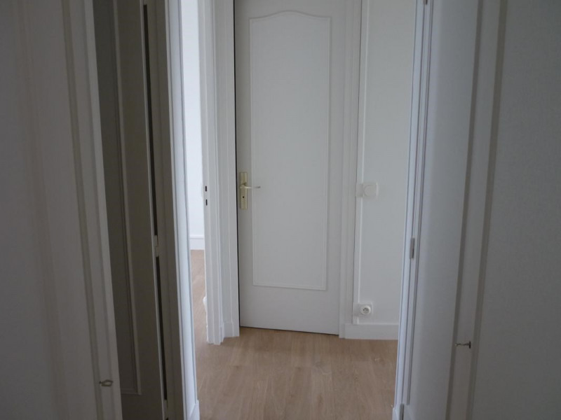 Rental apartment Lisieux 669€ CC - Picture 5