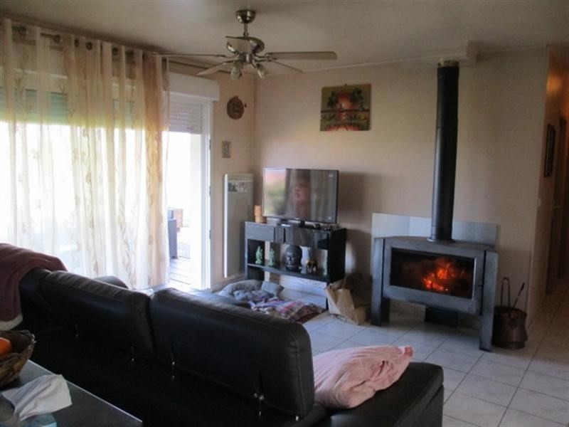 Sale house / villa St jean d angely 157 900€ - Picture 6