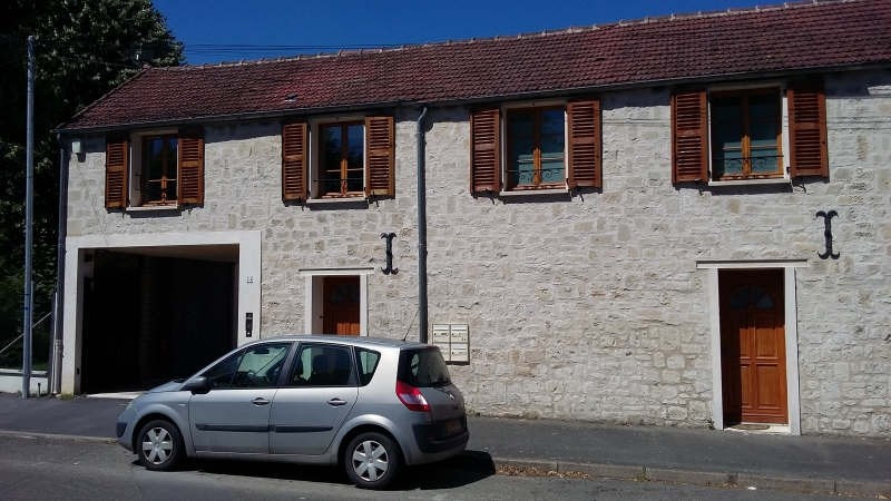 Rental apartment Coye la foret 700€ CC - Picture 1