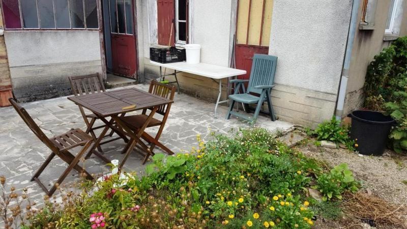 Sale house / villa Montereau fault yonne 123050€ - Picture 1