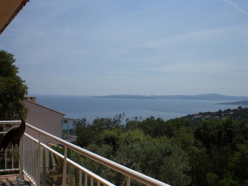 Sale house / villa Les issambres 990000€ - Picture 1