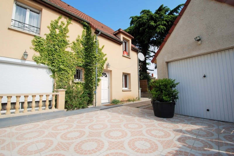 Sale house / villa Bezons 450 000€ - Picture 1