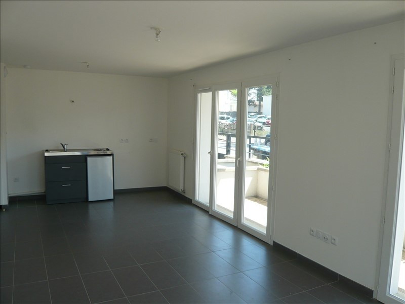 Location appartement Noisy le grand 670€ CC - Photo 2