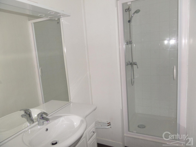Location appartement Caen 855€ CC - Photo 3