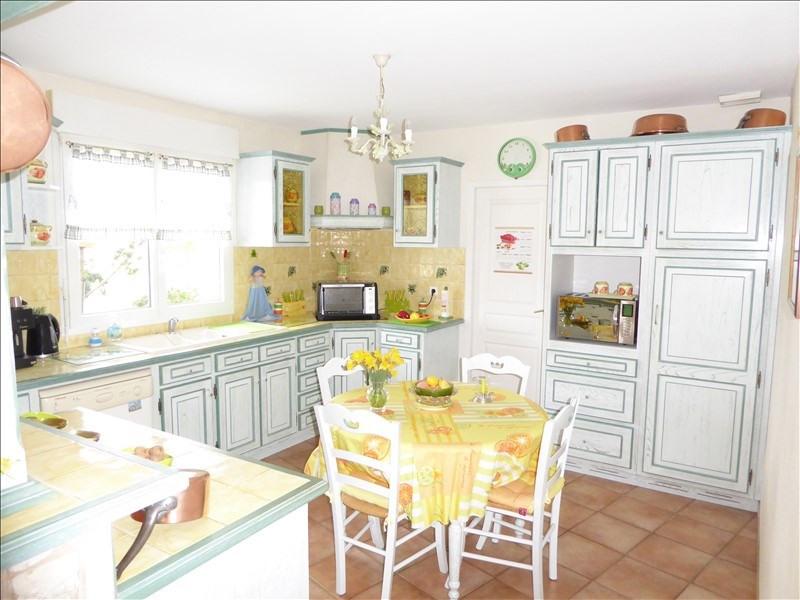 Sale house / villa Montpon menesterol 228000€ - Picture 3