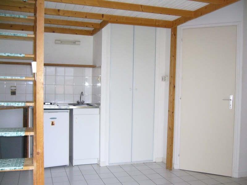 Rental apartment La roche sur yon 320€ CC - Picture 2