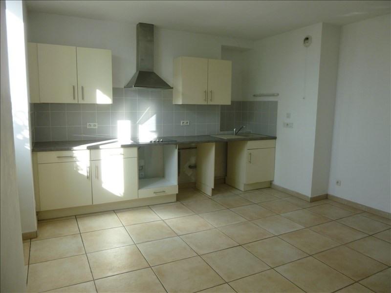 Rental apartment Valensole 575€ CC - Picture 2