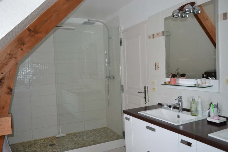 Vente maison / villa St laurent de condel 238900€ - Photo 5