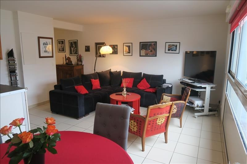 Sale apartment Royan 243 500€ - Picture 1