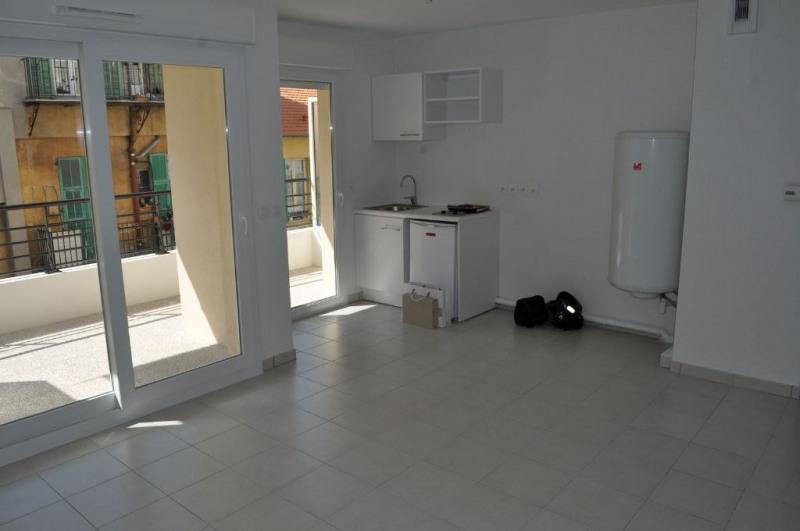 Verhuren  appartement Nice 727€ CC - Foto 2
