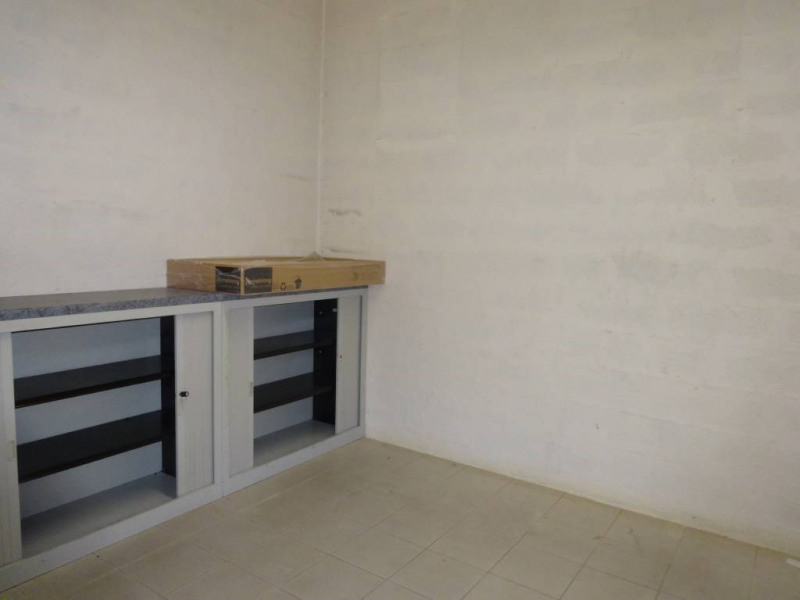 Rental office Avignon 3 260€ CC - Picture 4
