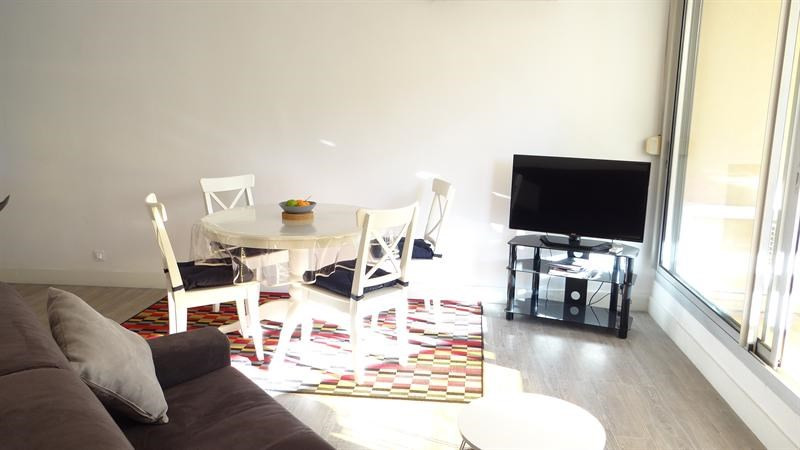 Vacation rental apartment Cavalaire sur mer 900€ - Picture 5