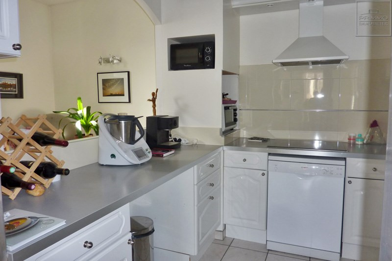 Rental apartment Chasselay 860€ CC - Picture 3