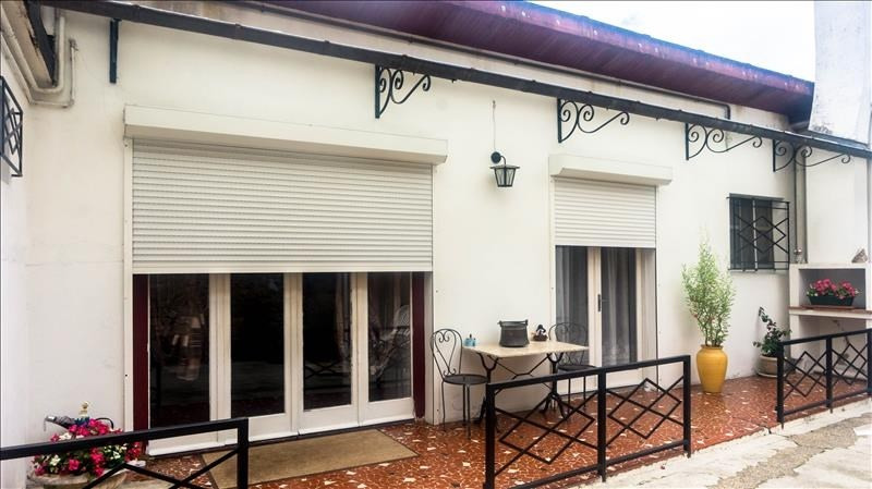 Investment property house / villa Morlaas 240000€ - Picture 1