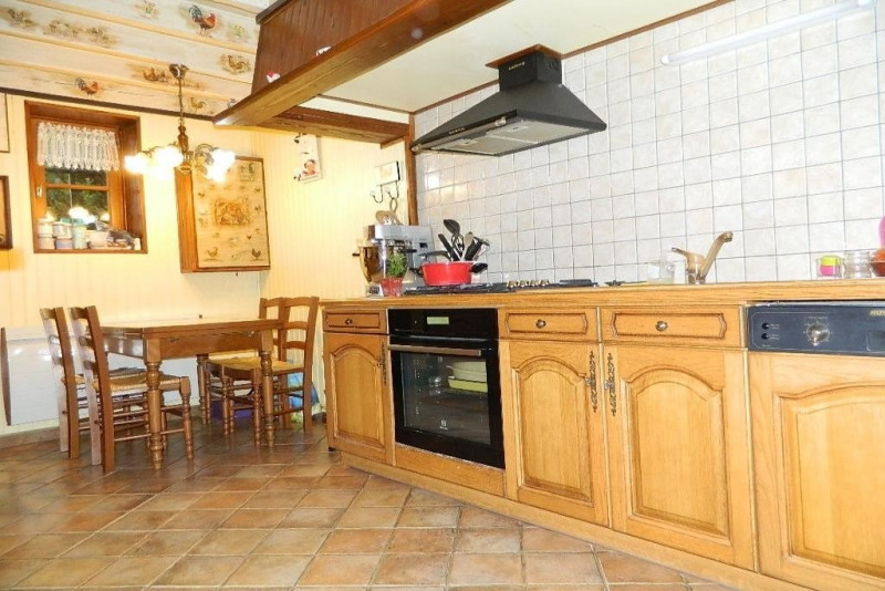 Sale house / villa Villers cotterets 150 000€ - Picture 2