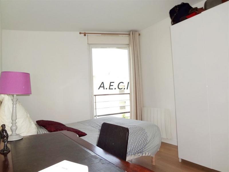 Sale apartment Courbevoie 598000€ - Picture 6