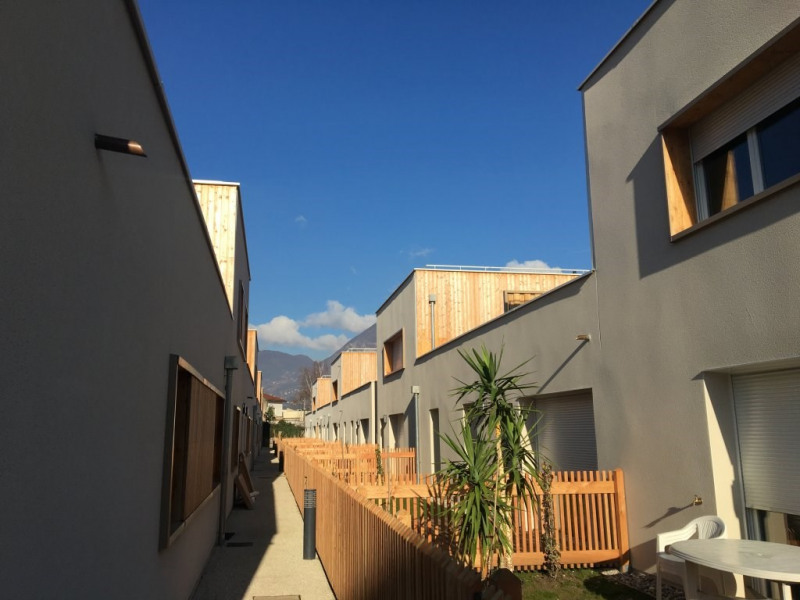 Location appartement Gieres 820€ CC - Photo 1