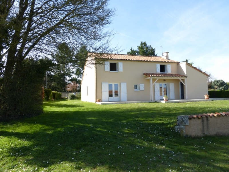 Vente maison / villa Roches premarie andille 269000€ - Photo 3