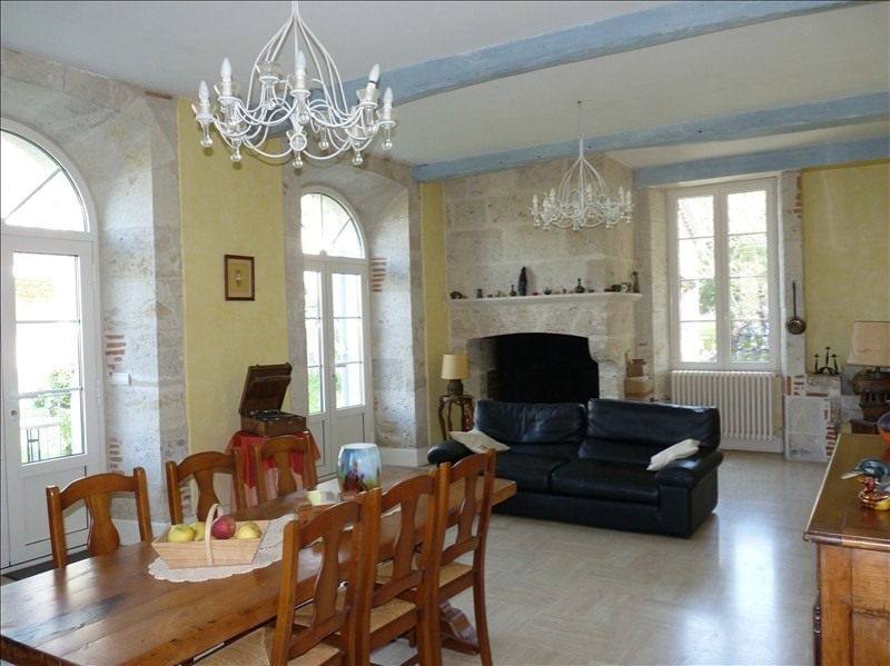 Deluxe sale house / villa Bon encontre 679 000€ - Picture 3