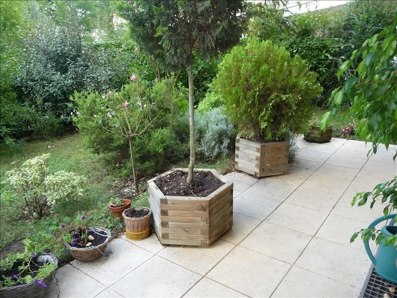 Vendita appartamento Charbonnieres les bains 315000€ - Fotografia 1