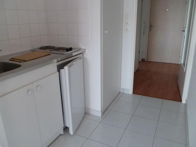 Rental apartment Saint nazaire 383€ CC - Picture 3