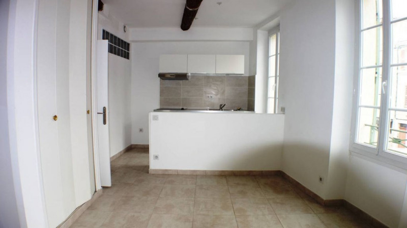 Rental apartment Toulon 450€ CC - Picture 2