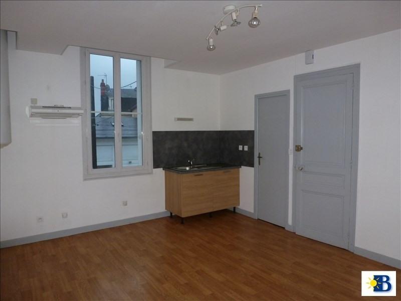 Location appartement Chatellerault 350€ +CH - Photo 1